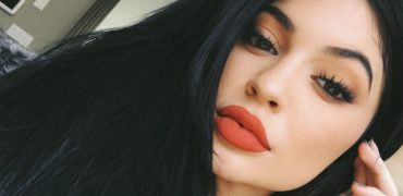 Why is the World Obsessed with Kylie Jenner?